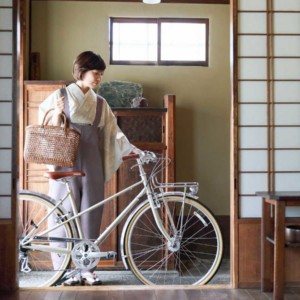 暮らしの場面で自転車画像1
